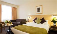 Guest Room Queen & Sofa